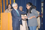 Shenaz Haveliwala wins the  Living Courageously With Epilepsy Award