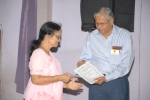 Malini Alate wins the Most Supportive Caregiver Award
