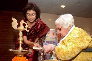 Sarah Sharma inaugurates the function